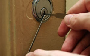 Door locks Clitheroe